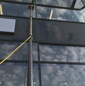 Glasbewassing op hoogte